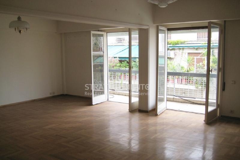 Διαμέρισμα 170 τ.μ. προς Πώληση: Πλατεία Αμερικής, Λεωφ. Πατησίων - Λεωφ. Αχαρνών, Κέντρο Αθήνας