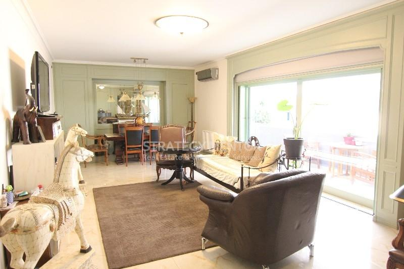 House  498 sqm for Sale: Akropoli, Historic Center, Athens - Center